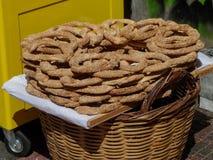 Anelli greci del pane del sesamo Immagini Stock