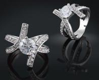 Anello con il diamante Immagini Stock Libere da Diritti