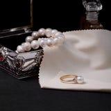 Anello con la perla Fotografia Stock