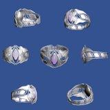 Anello d'argento con uno zaffiro Fotografie Stock