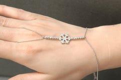Anello d'argento del fiocco di neve immagine stock