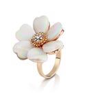 Anello dei gioielli nella forma del fiore con madreperla su bianco, Fotografia Stock Libera da Diritti