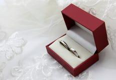 Anello del anello-diamante di nozze Immagine Stock