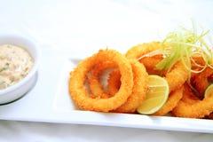 Anello del calamaro croccante Immagini Stock