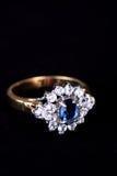 Anello dello zaffiro e del diamante, monili Fotografie Stock Libere da Diritti