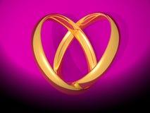 Anello di cerimonia nuziale a forma di dell'oro del cuore Immagine Stock Libera da Diritti