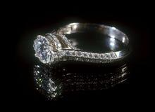 Anello di diamante. Fotografia Stock