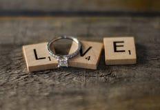 Anello di fidanzamento Fotografie Stock Libere da Diritti
