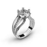 Anello di oro bianco con diamonds_5 bianco Immagini Stock Libere da Diritti