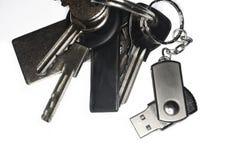 Anello portachiavi con un keychain di USB Immagini Stock