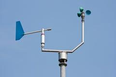 Anemometer die windsnelheid en richting meet stock afbeeldingen