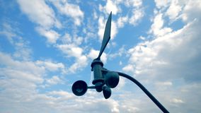 Anenometer, измеряющий прибор направления ветра видеоматериал