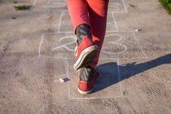 Anfänge, die Hopsespiel spielen Lizenzfreie Stockfotografie
