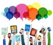 Anförande bubblar begrepp för idé för kommunikation för meddelandebegreppssymbol Royaltyfri Fotografi