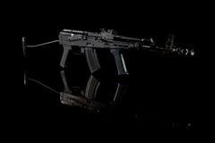 Anfallgevär för Kalashnikov AK fotografering för bildbyråer