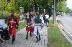 Anfang der Trüffel, die in alba angemessen ist (Cuneo), ist für mehr als 50 Jahre, das Eselrennen gehalten worden Stockbilder
