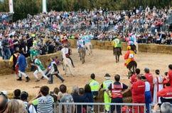 Anfang der Trüffel, die in alba angemessen ist (Cuneo), ist für mehr als 50 Jahre, das Eselrennen gehalten worden Stockfotografie