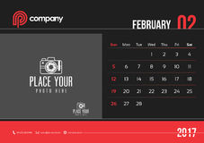 Anfang Sonntag des Februar-Tischkalender-Design-2017 Stock Abbildung