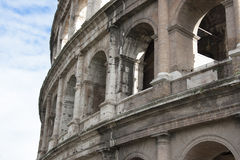 Anfiteatro弗拉维奥- Colosseo 免版税库存照片