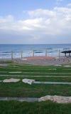 Anfiteatro colocado en la playa del mar Mediterráneo en Haifa Foto de archivo