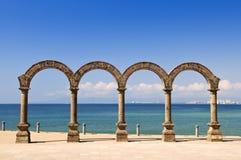 Anfiteatro del Los Arcos en Puerto Vallarta, México Imágenes de archivo libres de regalías