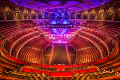 Anfiteatro e cena em Albert Hall real Londres, Grâ Bretanha fotos de stock royalty free