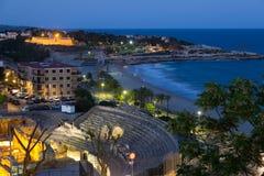 Anfiteatro romano antigo em mediterrâneo na noite Imagem de Stock Royalty Free