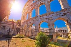 Anfiteatro romano di Pola dell'arena alla vista di tramonto fotografia stock libera da diritti