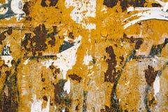 Anfrätt textur för metallplatta och pappers- rester för affisch Royaltyfria Bilder