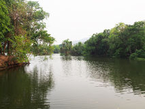 Ang Kaew Reservoir na universidade de Chiang Mai, reservatório de Huay Kaew Imagem de Stock Royalty Free