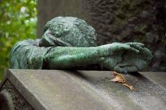 Ange de cimetière Photographie stock libre de droits