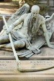 Ange de sculpture en mort au cimetière monumental, Milan photo libre de droits