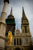 Ange près de vieille cathédrale à Zagreb, Croatie Image libre de droits