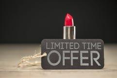 Angebot der begrenzten Zeit auf Schönheitsprodukten Stockfotografie