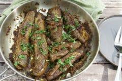 Angefüllte Aubergine oder Bharwa Baigon, ein indischer vegetarischer Zutritt lizenzfreie stockfotos