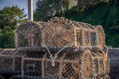 Angehäufte Fischkörbe lizenzfreies stockfoto