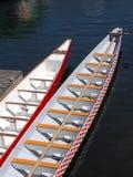 Angekoppelte Drache-Boote Lizenzfreies Stockfoto