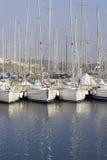 Angekoppelte Segelboote lizenzfreie stockfotos