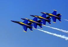 Angel Airshow azul nos piscos de peito vermelho AFB Fotografia de Stock Royalty Free