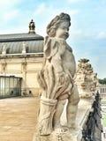 Angel Figure i den Zwinger slotten i Dresden Arkivfoton