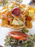 Angel Payaya Salad i knaprig blommabunke Arkivbilder