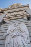 Angel Statue op Echte Palacio, Madrid, Spanje royalty-vrije stock afbeelding
