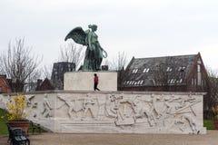 Angel Statue på pir Arkivfoto