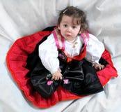 Angela, το κορίτσι στο παραδοσιακό φόρεμα Στοκ Εικόνα