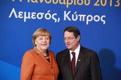Angela Merkel e Nicos Anastasiades, concorrente presidencial Fotos de Stock