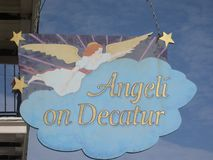 Angeli na Decatur pizzy domu, Nowy Orlean, los angeles zdjęcie stock