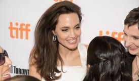 Angelina Jolie на премьере ` ` кормильца для TIFF17 Стоковые Фотографии RF