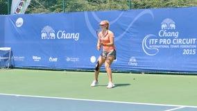 Angelina Skidanova in pro circuito 2015 di Chang ITF stock footage