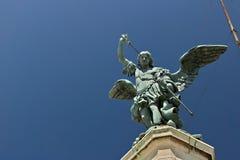 """Angelo bronzeo sopra Castel Sant """"Angelo fotografia stock libera da diritti"""