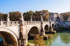 ` Angelo de Sant de pont Beaux vieux hublots à Rome (Italie) Images libres de droits
